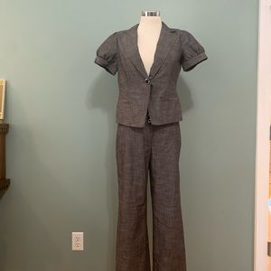 Two-Piece Grey Suite Set with Wide Leg